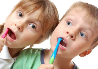Conoce sobre la tecnología aliada de padres para el cepillado de los niños